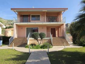 Amantea, Villa