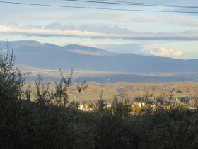 Image No.5-Maison de village de 3 chambres à vendre à Cavriglia