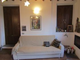 Image No.7-Maison de village de 3 chambres à vendre à Cavriglia