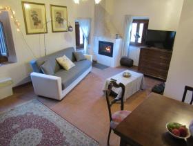 Image No.12-Maison de village de 3 chambres à vendre à Cavriglia