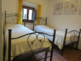 Image No.23-Maison de village de 3 chambres à vendre à Cavriglia