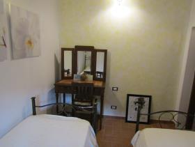 Image No.25-Maison de village de 3 chambres à vendre à Cavriglia