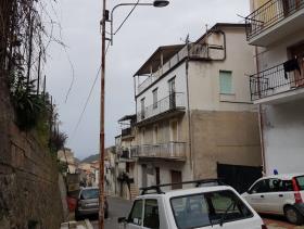 Image No.6-Appartement de 3 chambres à vendre à Nocera Terinese