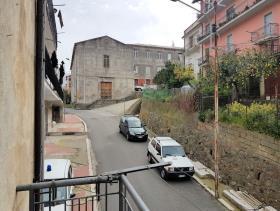 Image No.16-Appartement de 3 chambres à vendre à Nocera Terinese