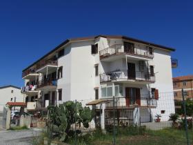 Image No.0-Appartement de 4 chambres à vendre à Scalea