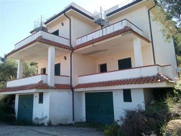 1 - Zambrone, House/Villa