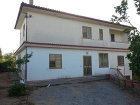 Scalea, Villa