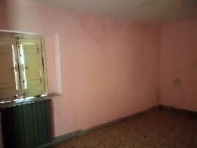 Image No.10-Maison de campagne de 3 chambres à vendre à Longobardi