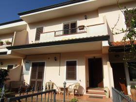 Image No.1-Villa de 3 chambres à vendre à Grisolia