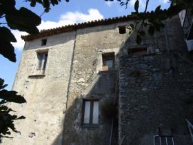 Santa Domenica Talao, Townhouse
