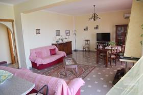 Image No.11-Appartement de 2 chambres à vendre à Corigliano Calabro