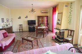 Image No.12-Appartement de 2 chambres à vendre à Corigliano Calabro