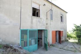 Image No.4-Ferme de 2 chambres à vendre à Corigliano Calabro