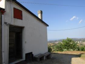 Image No.3-Ferme de 2 chambres à vendre à Corigliano Calabro