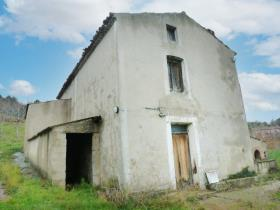 Image No.0-2 Bed Farmhouse for sale