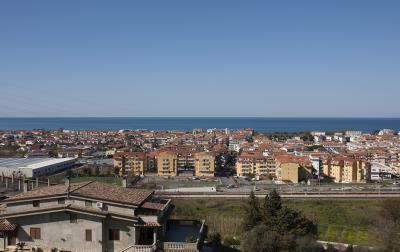 La-Collinetta-2-bed-Sea-View--16-