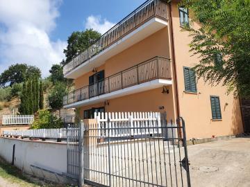longobardi-house18MOext