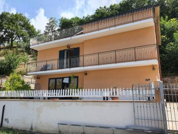 longobardi-house18MOext2