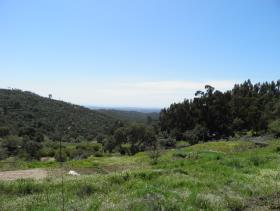 Monchique, Land