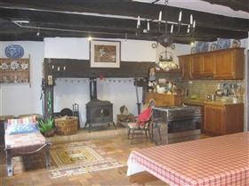 Image No.2-Maison de 5 chambres à vendre à Espartignac