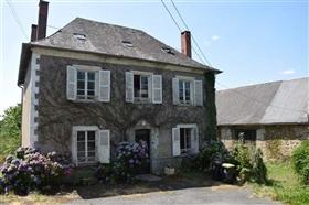 Image No.0-Maison de village de 5 chambres à vendre à Troche