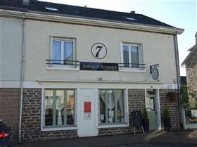Saint-Sornin-Lavolps, House