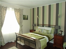 Image No.8-7 Bed House for sale