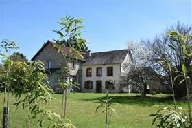 Arnac-Pompadour, House