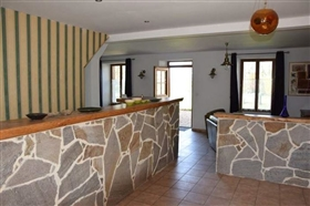 Image No.4-9 Bed House for sale