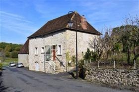 Image No.1-Ferme de 3 chambres à vendre à Le Chalard