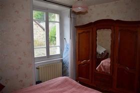 Image No.8-Ferme de 3 chambres à vendre à Le Chalard
