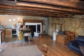 Image No.2-Propriété de pays de 2 chambres à vendre à Arnac-Pompadour