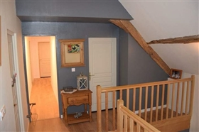 Image No.8-3 Bed House for sale