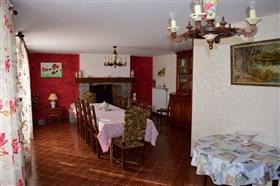 Image No.4-Maison de 4 chambres à vendre à Coussac-Bonneval