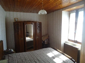 Image No.6-2 Bed House for sale