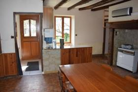 Image No.10-2 Bed Country House for sale