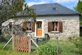 Orgnac-sur-Vézère, Country House
