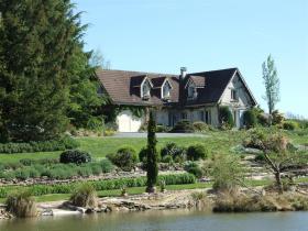 La Roche-l'Abeille, Country House
