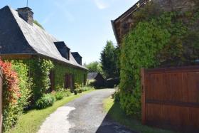 Image No.2-Propriété de pays de 5 chambres à vendre à Arnac-Pompadour