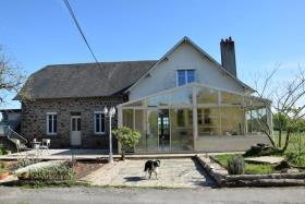 Arnac-Pompadour, Country Property