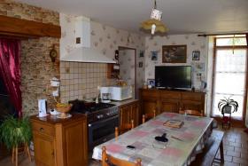 Image No.15-Ferme de 3 chambres à vendre à La Roche-l'Abeille