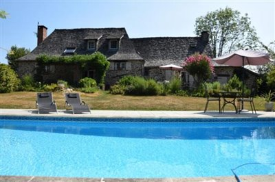 1 - Arnac-Pompadour, Country House
