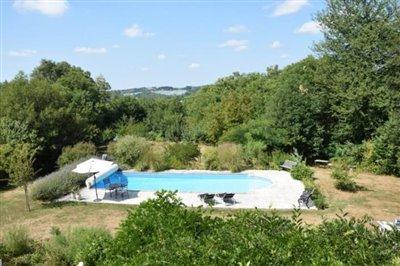 5292_berthou_immo_country_farmhouse_pool--11-