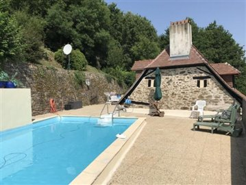 5269_berthou_immo_character_village_house_pool_views--6-