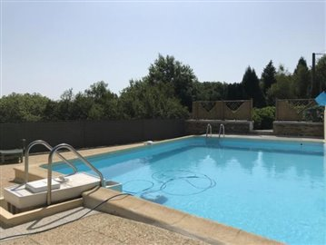5269_berthou_immo_character_village_house_pool_views--16-