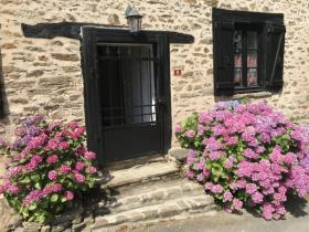 Image No.19-2 Bed Village House for sale