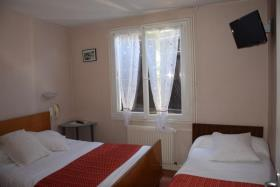 Image No.8-11 Bed Hotel for sale