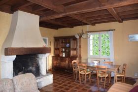 Image No.2-Maison de campagne de 2 chambres à vendre à Arnac-Pompadour