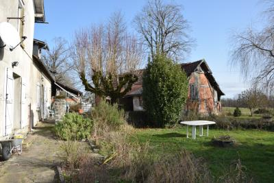 5369_limousin_property_agents_lubersac_farmhouse_outbuildings_land--10-