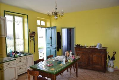 5369_limousin_property_agents_lubersac_farmhouse_outbuildings_land--12-